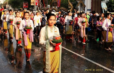 Mais au fait, pourquoi fête-t-on Songkran en Thaïlande ?