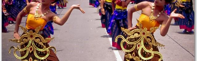Fête des bougies dans l'Ubon en Thailande