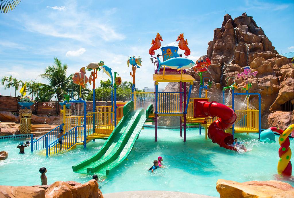 La folie des parcs d'attraction gagne la Thaïlande