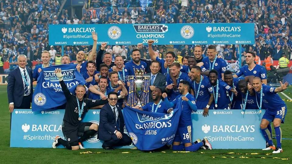 Le champion Leicester vient faire la fête en Thaïlande malgré le scandale de l'été dernier